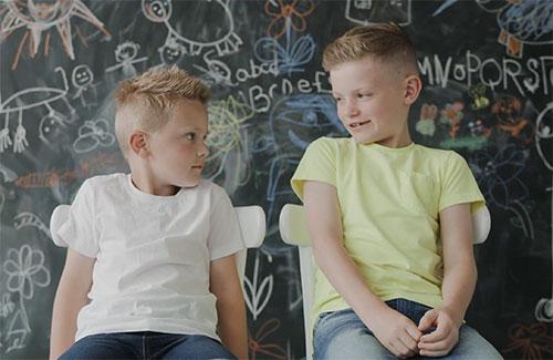 Children explain how you make Friends